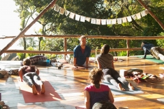2017-07-30-yoga-teacher-training-guatemala-november-2016-school-yoga-institute-076-1